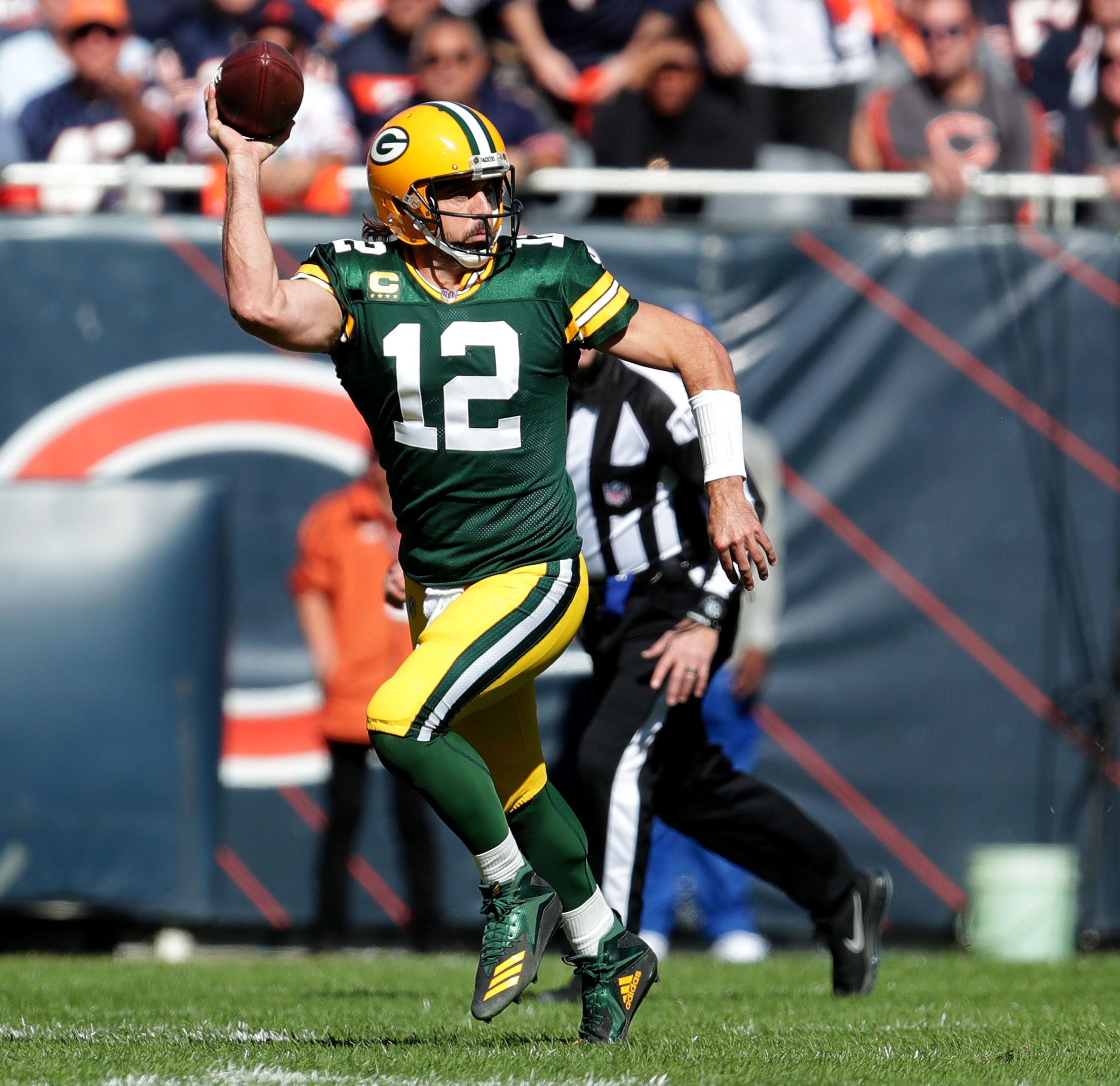 Green Bay Packers quarterback Aaron Rodgers (12) looks to pass during the 1st quarter of their game at Soldier Field in Chicago on Sunday, Oct. 17, 2021.