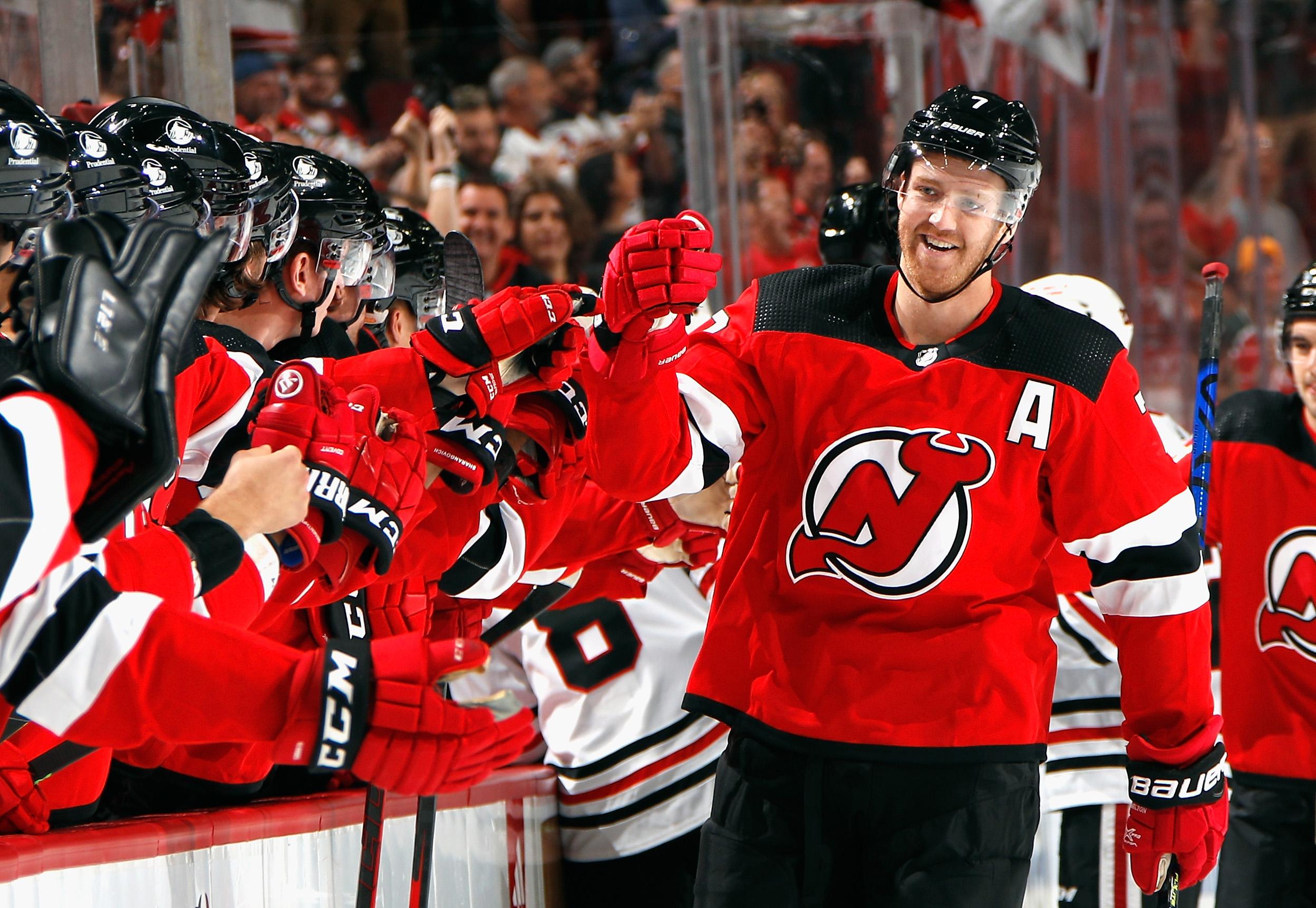 Chicago Blackhawks v New Jersey Devils