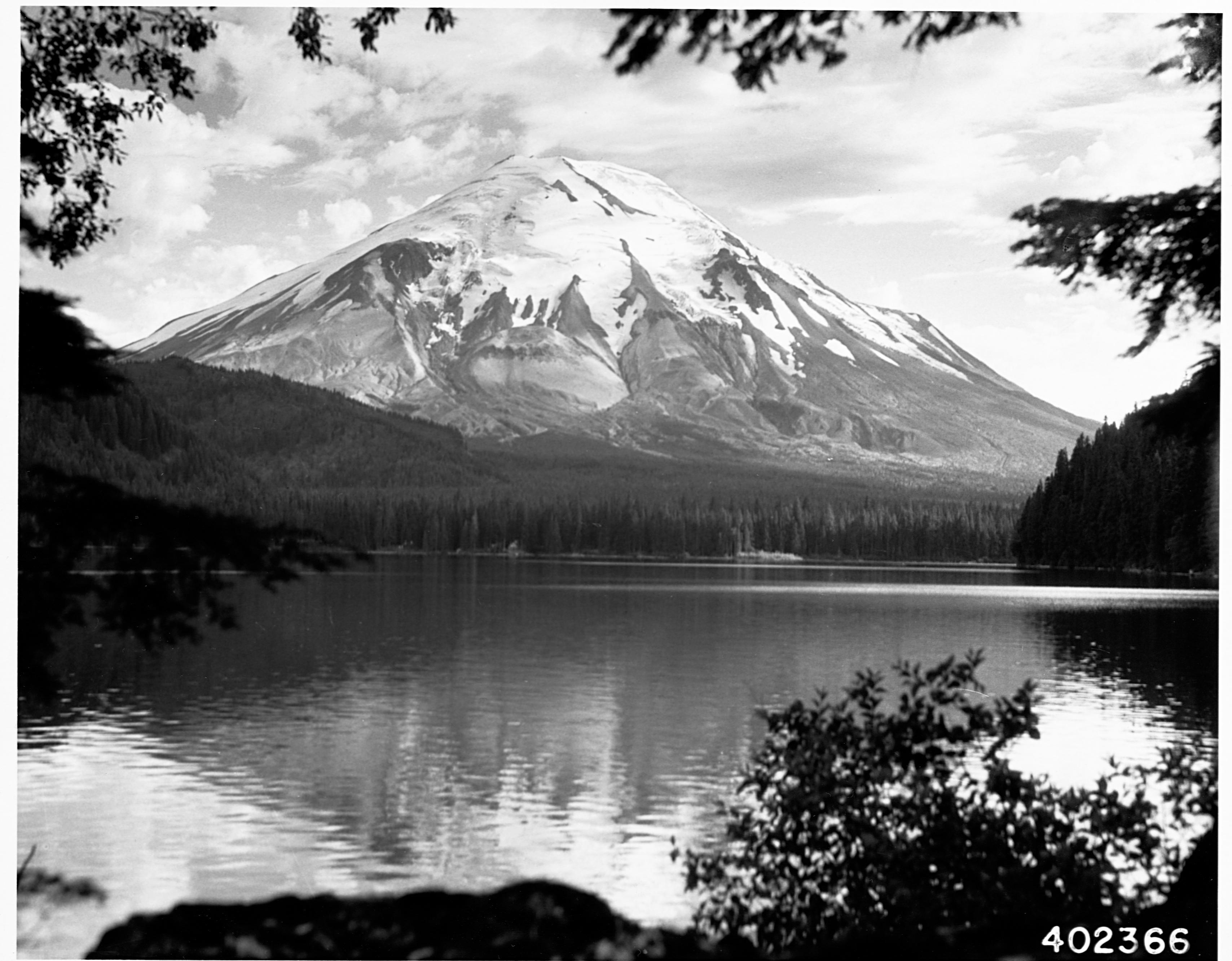 Mount Saint Helens in 1934