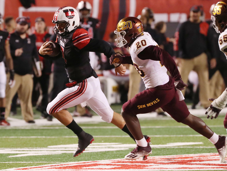 Utah Utes quarterback Cameron Rising (7) scrambles in Salt Lake City on Saturday, Oct. 16, 2021. Utah won 35-21.