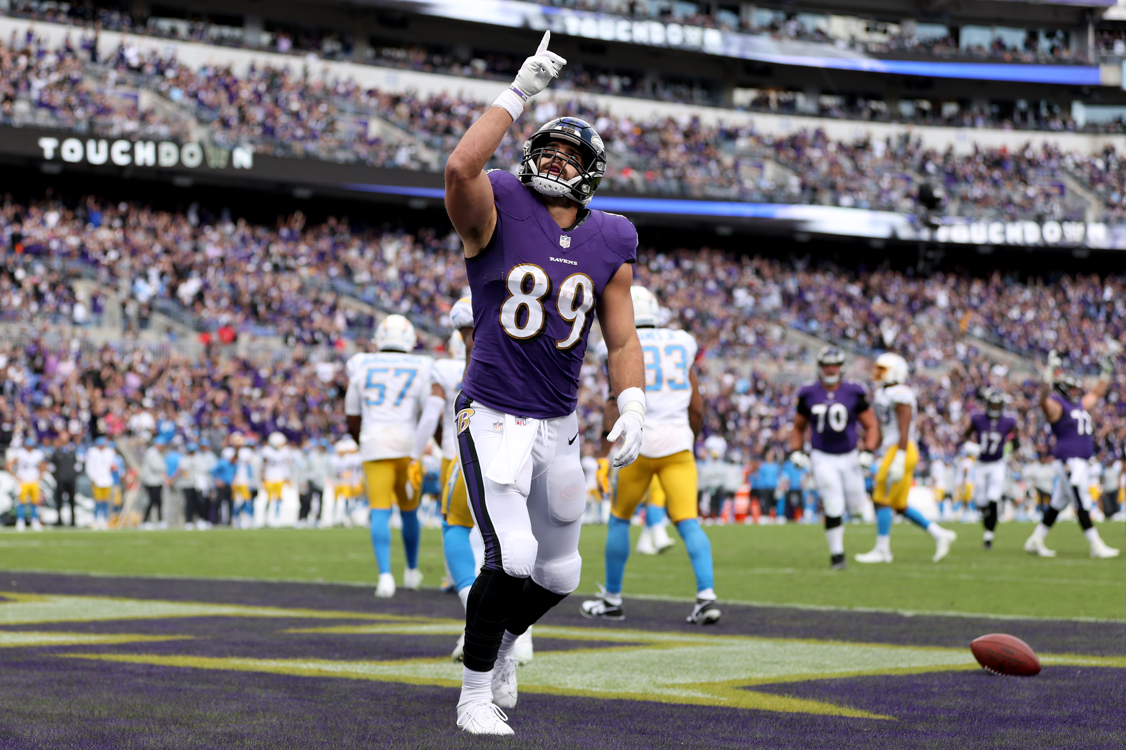 Mark Andrews #89 of the Baltimore Ravens celebrates a touchdown reception during the third quarter against the Los Angeles Chargers at M&T Bank Stadium on October 17, 2021 in Baltimore, Maryland.