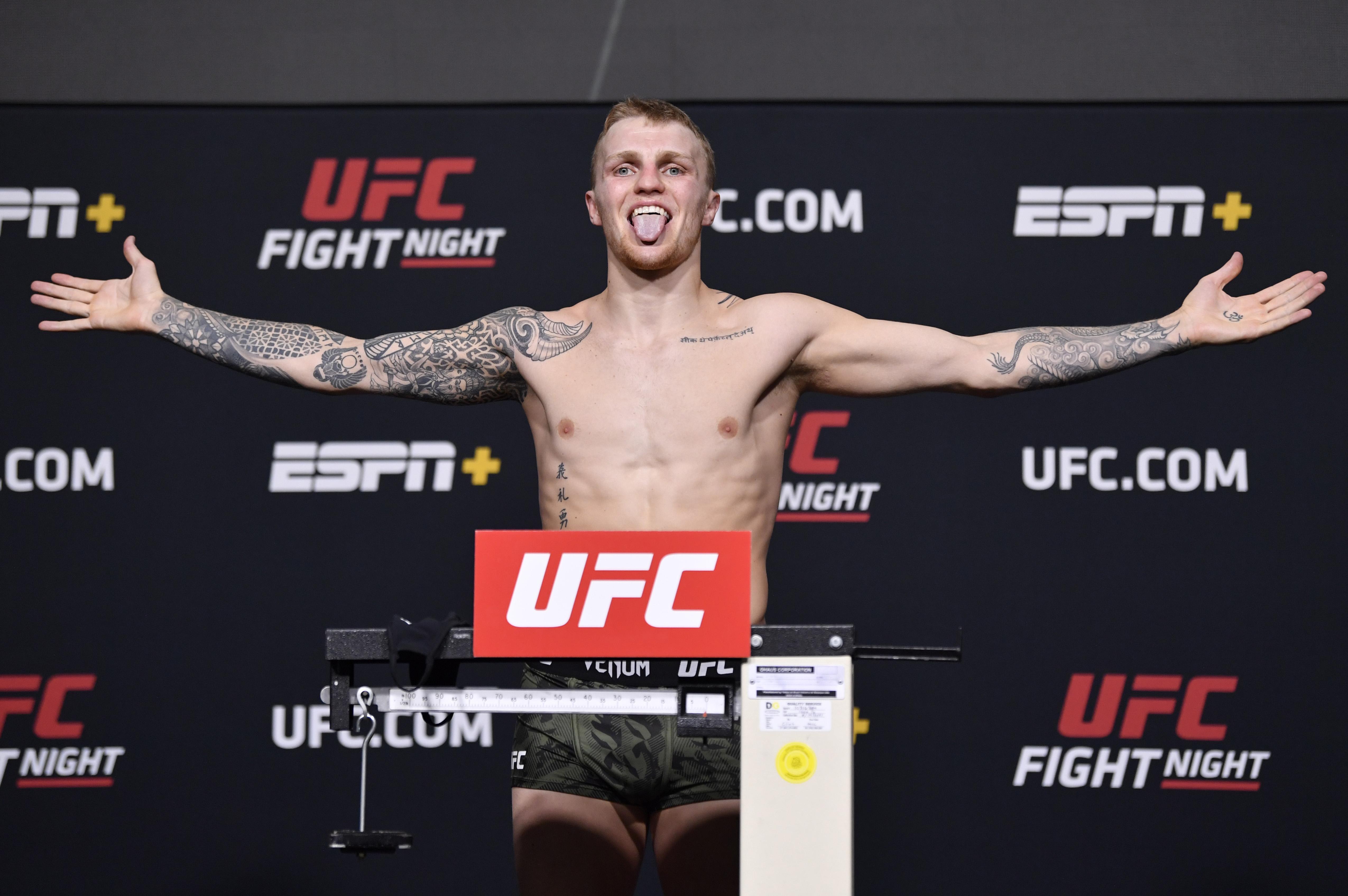 UFC Fight Night: Rozenstruik v Sakai Weigh-in