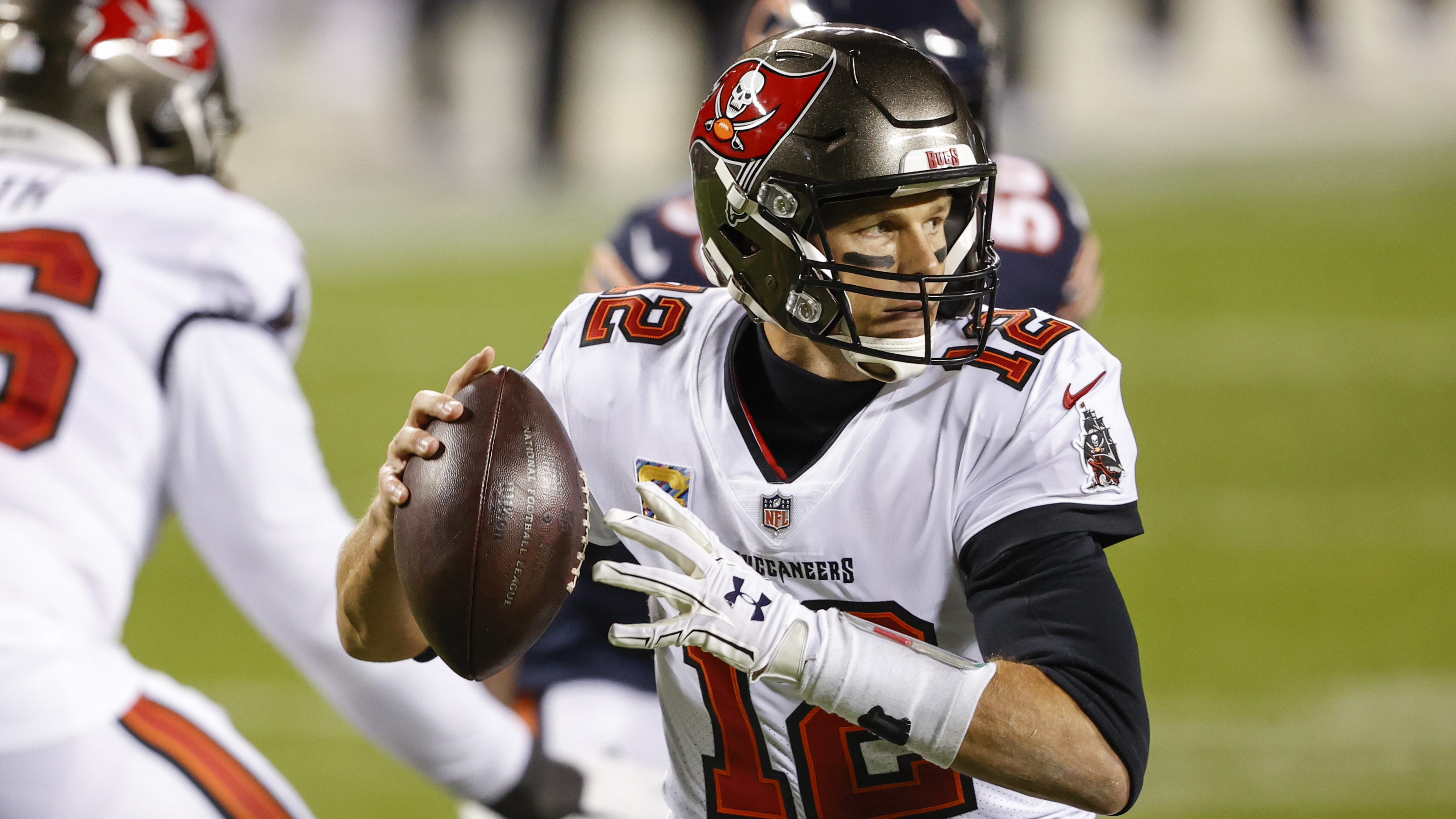 Buccaneers quarterback Tom Brady (12) completed 25-of-41 passes for 253 yards, one touchdown and no interceptions for an 86.7 passer rating in a 20-19 loss to the Bears last year at Soldier Field.
