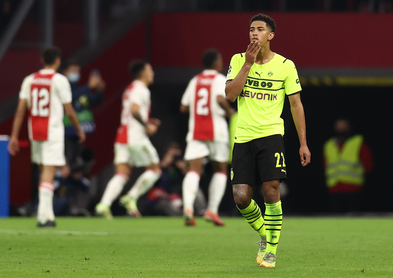 AFC Ajax v Borussia Dortmund: Group C - UEFA Champions League