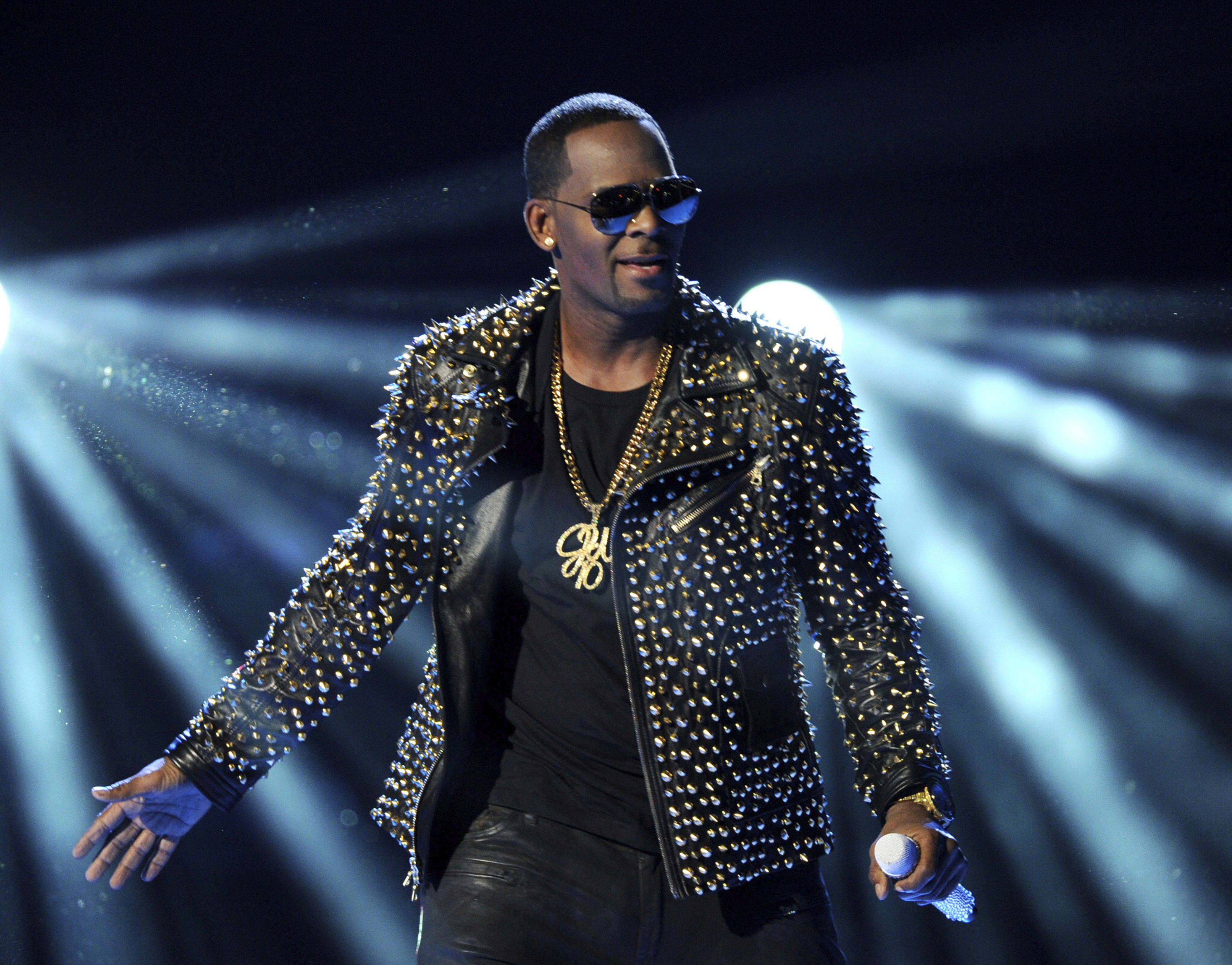 In this June 30, 2013, file photo, R. Kelly performs at the BET Awards in Los Angeles.