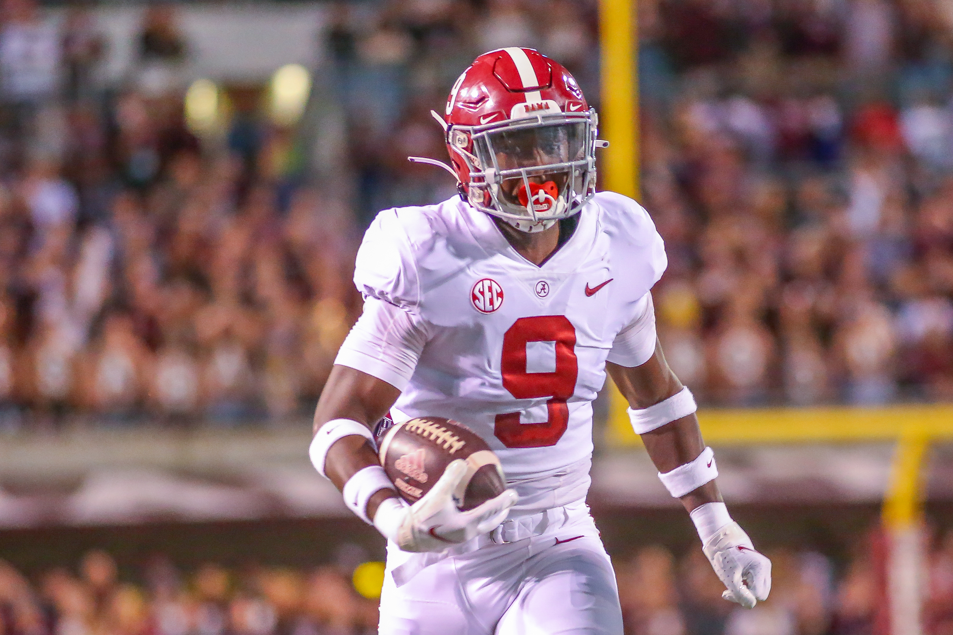 COLLEGE FOOTBALL: OCT 16 Alabama at Mississippi State