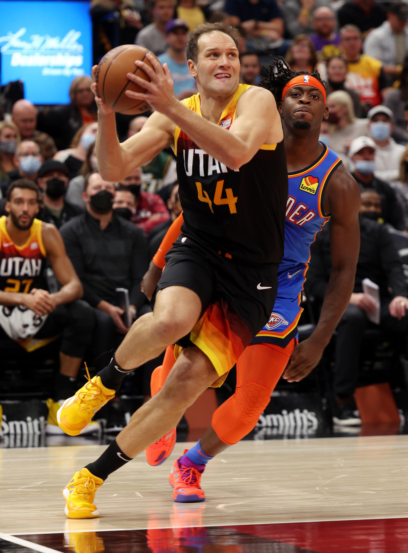 Utah Jazz forward Bojan Bogdanovic  drives to the hoop