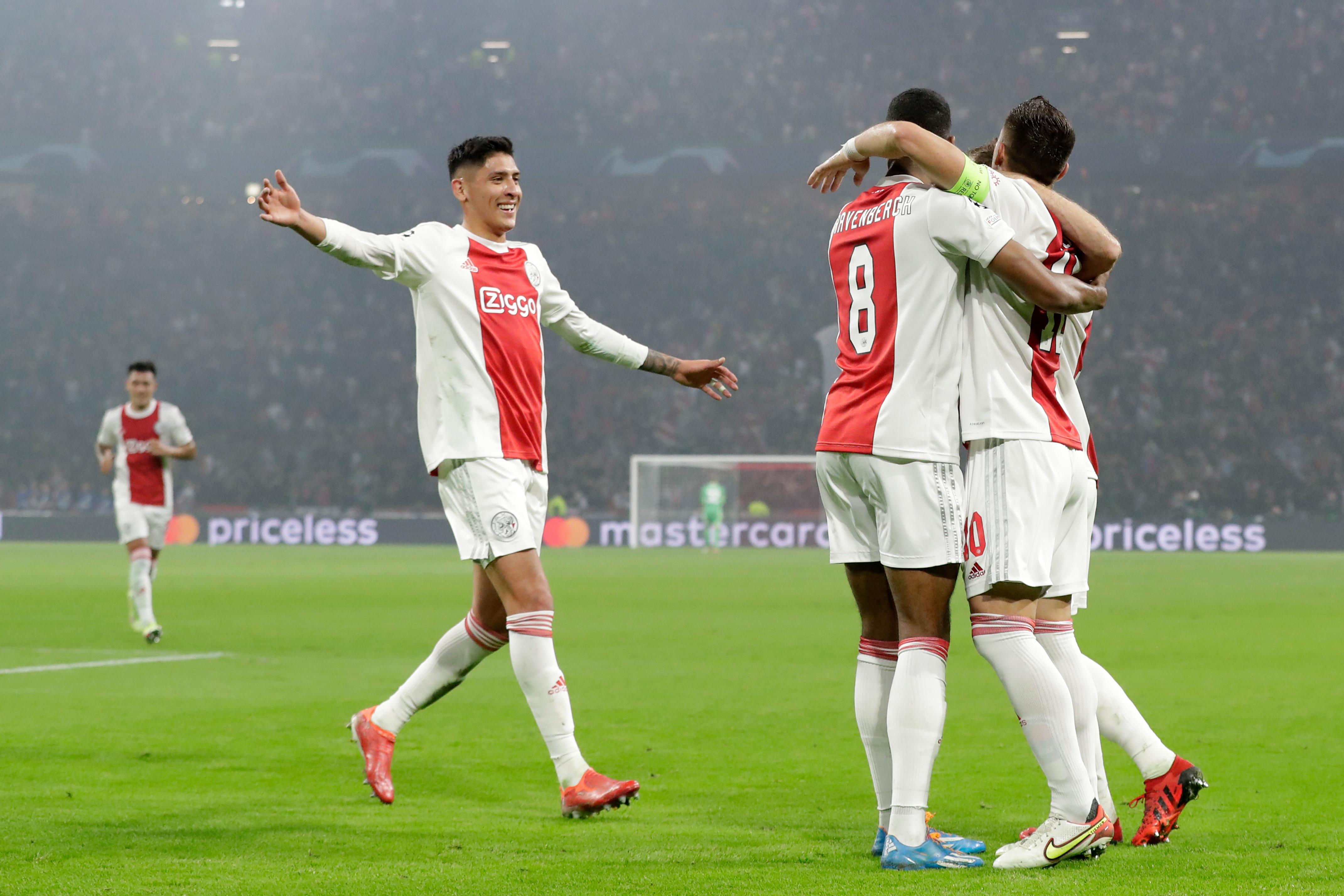 Ajax v Borussia Dortmund - Group C - UEFA Champions League
