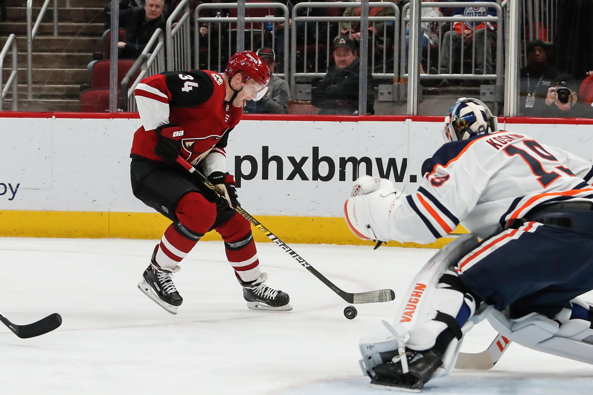 NHL: FEB 04 Oilers at Coyotes