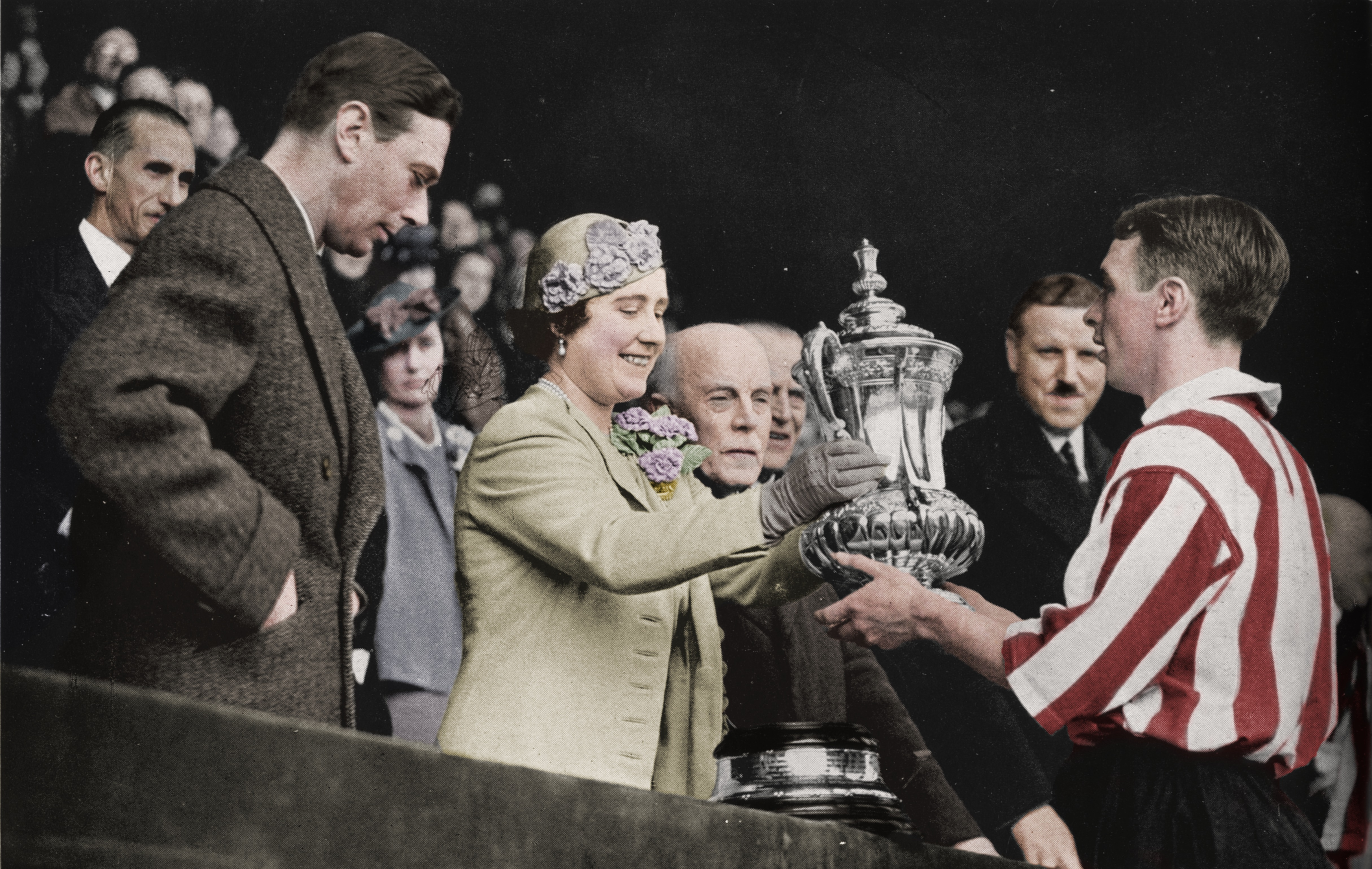 The Queen Presents The Cup