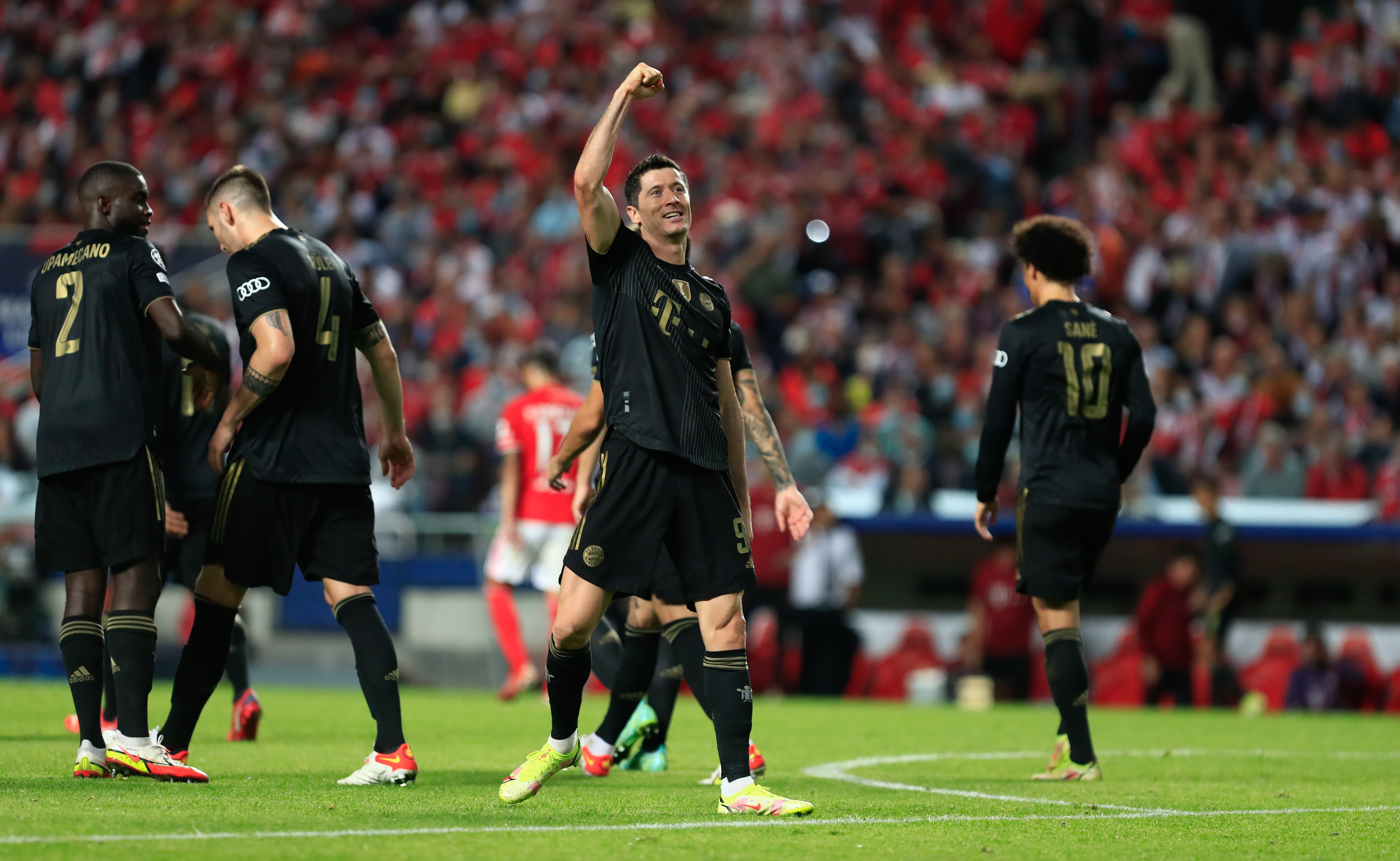 SL Benfica v Bayern Muenchen: Group E - UEFA Champions League