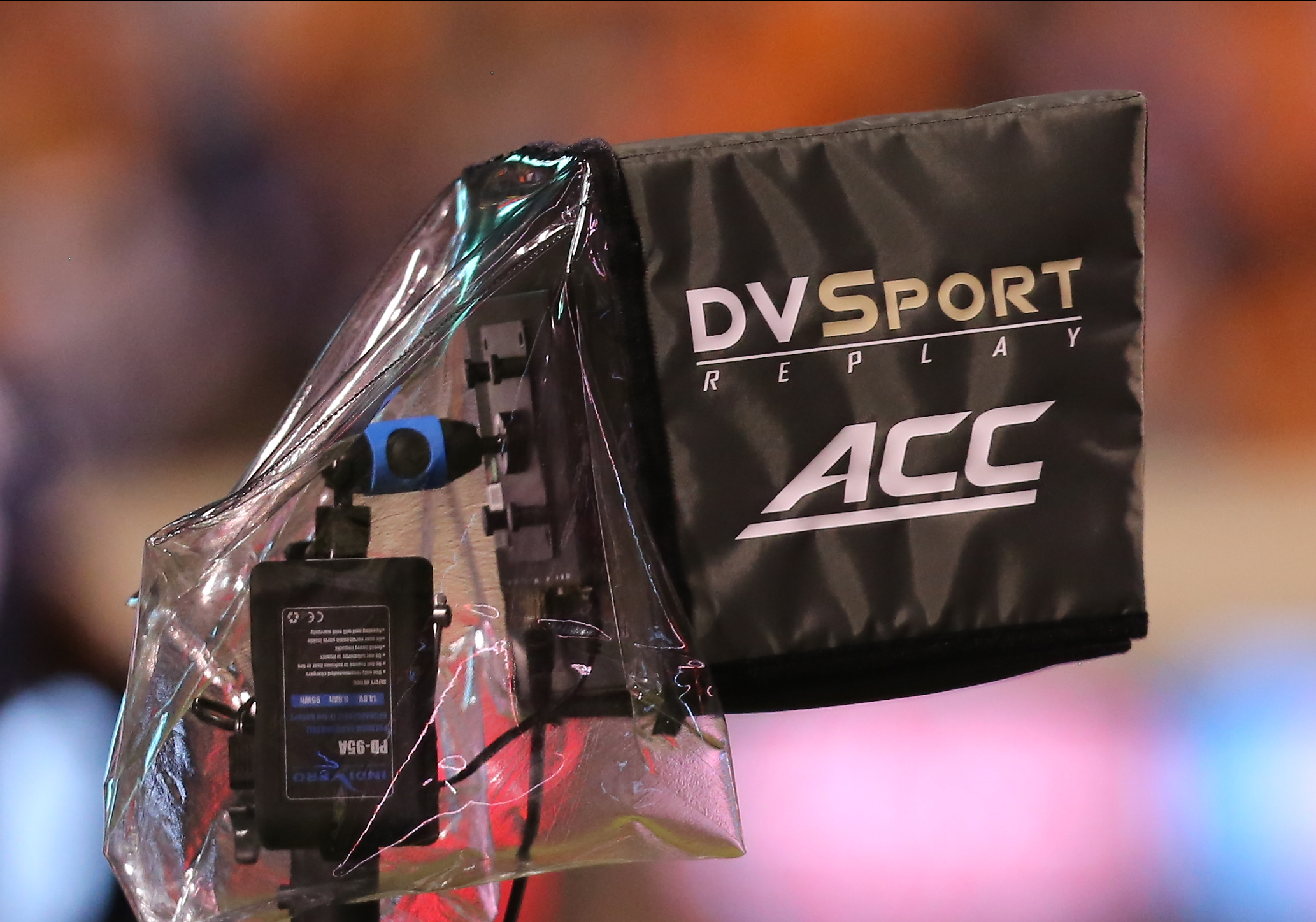 COLLEGE FOOTBALL: SEP 24 Wake Forest at Virginia