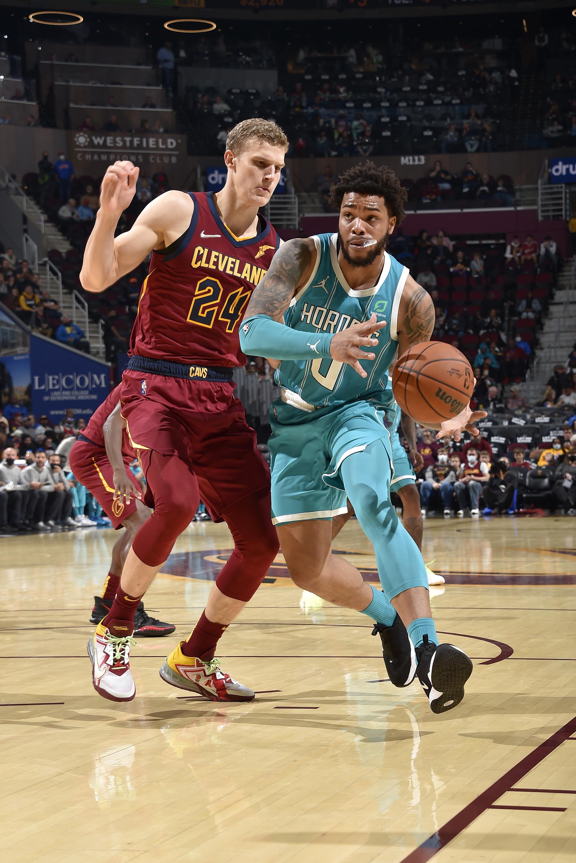 Charlotte Bobcats v Cleveland Cavaliers