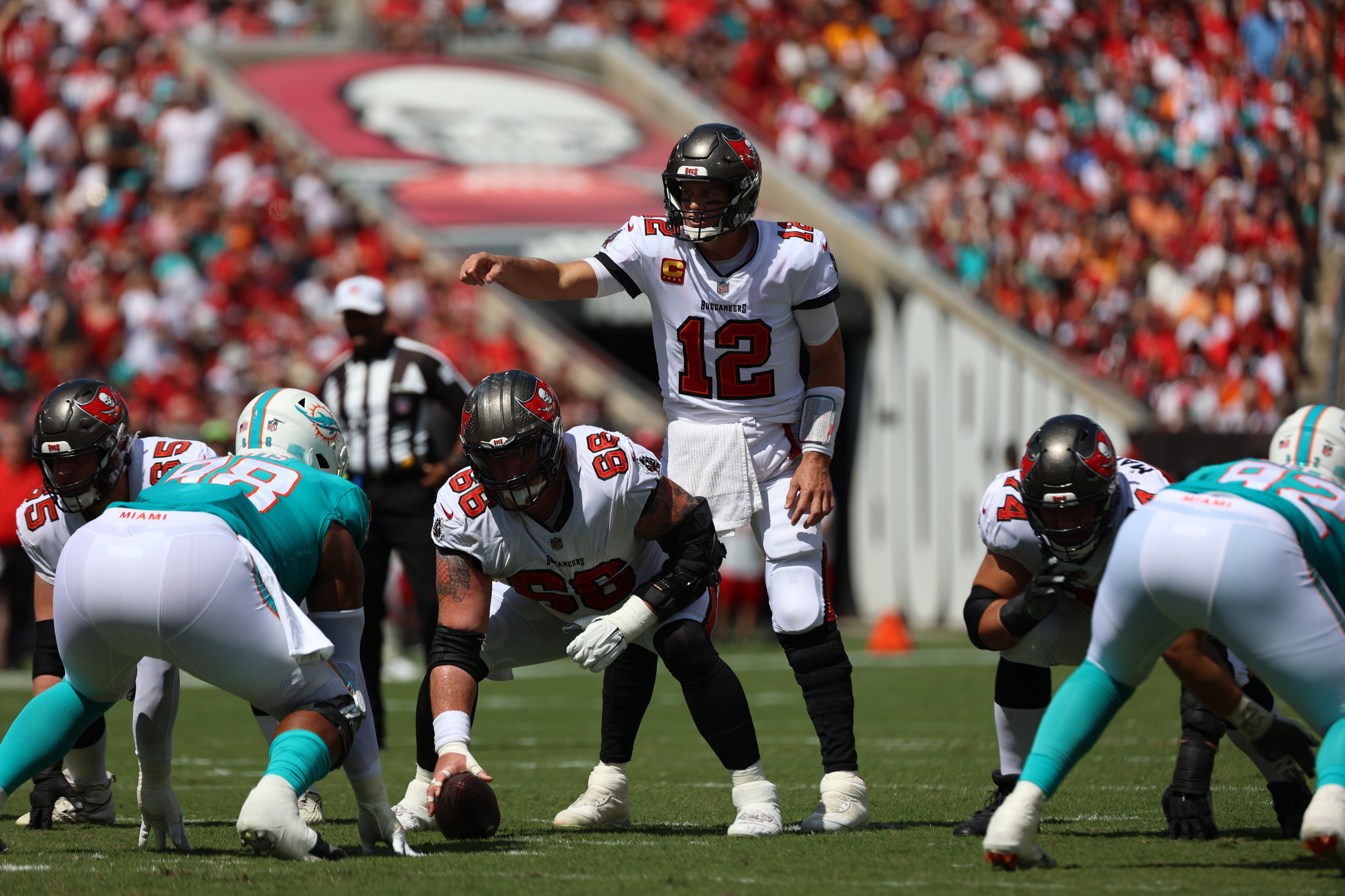 Buccaneers quarterback Tom Brady (12) leads the NFL in passing yards with 2,064 and has a 107.9 passer rating this season (17 touchdowns, three interceptions).