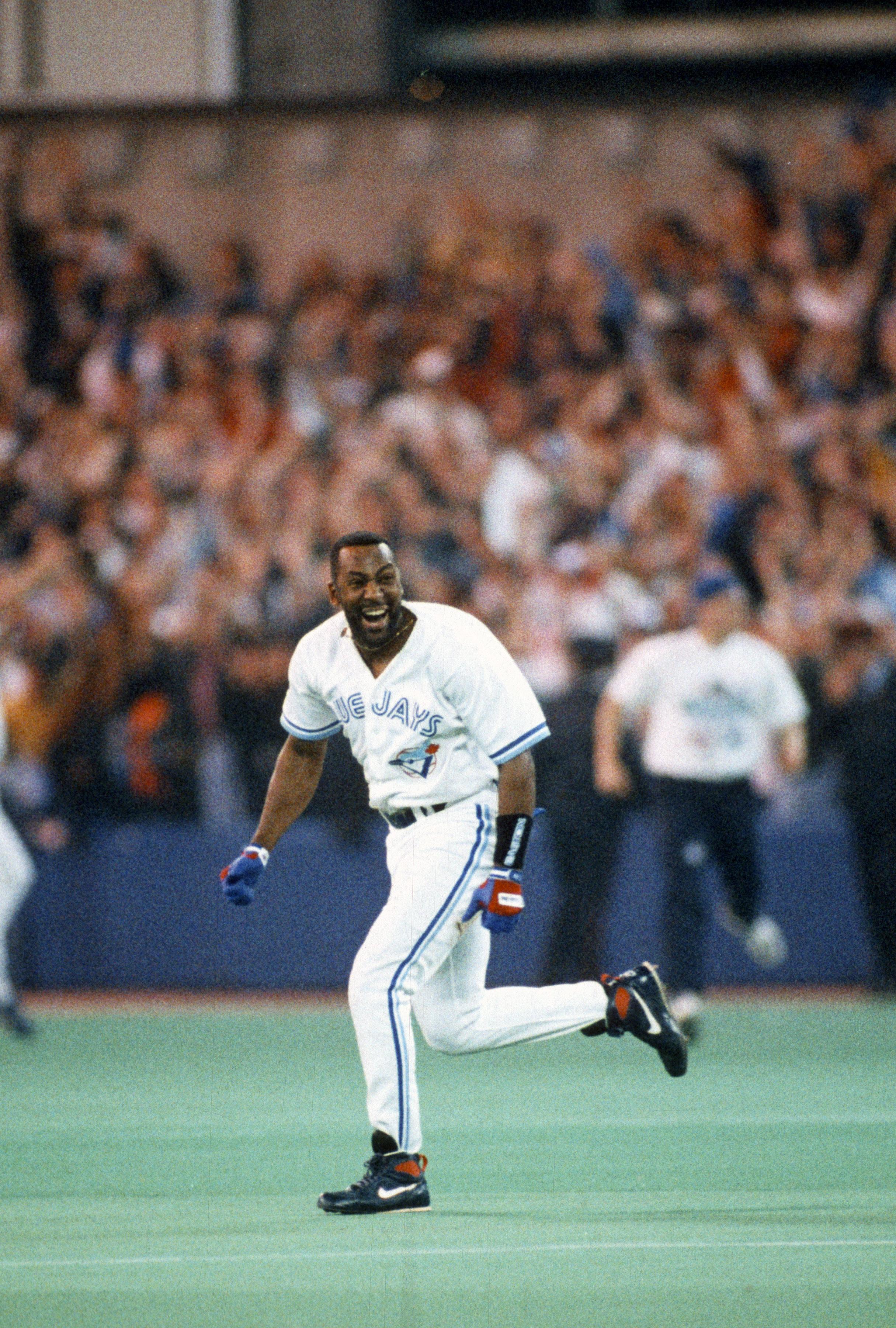 1993 World Series Game 6 - Philadelphia Phillies v Toronto Blue Jays