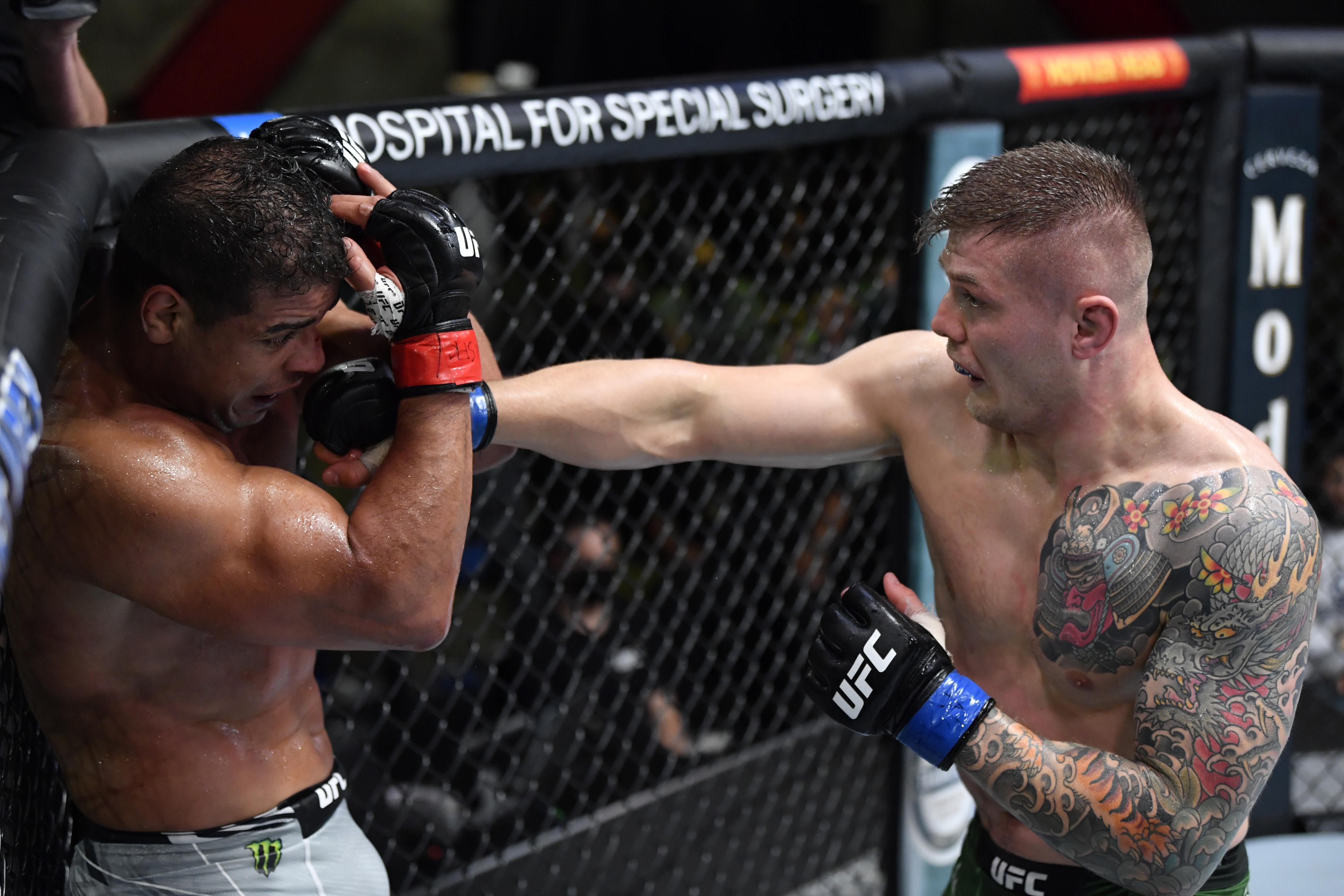 Marvin Vettori pressured Paulo Costa in a decision win at UFC Vegas 41