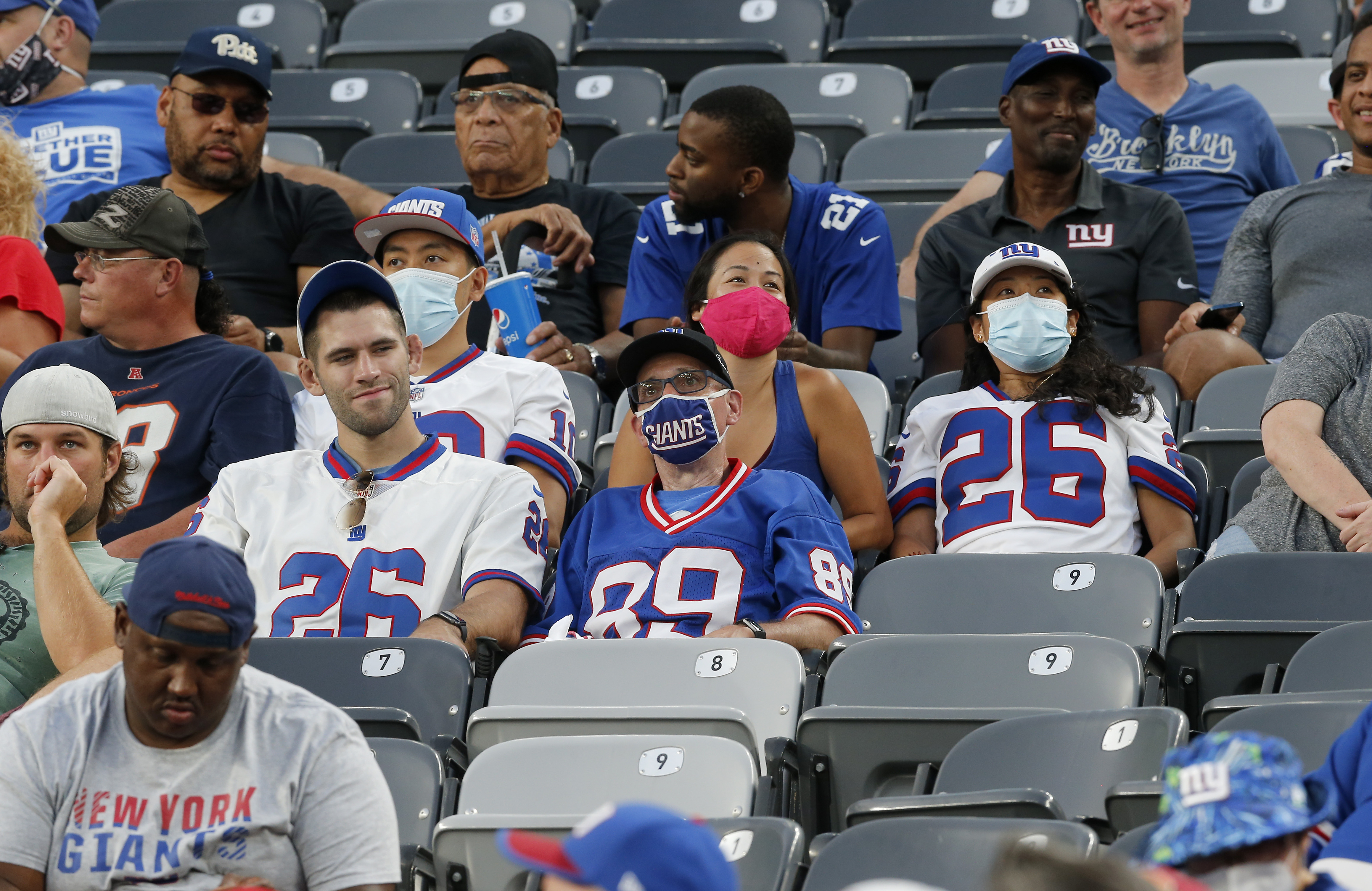 Denver Broncos v New York Giants