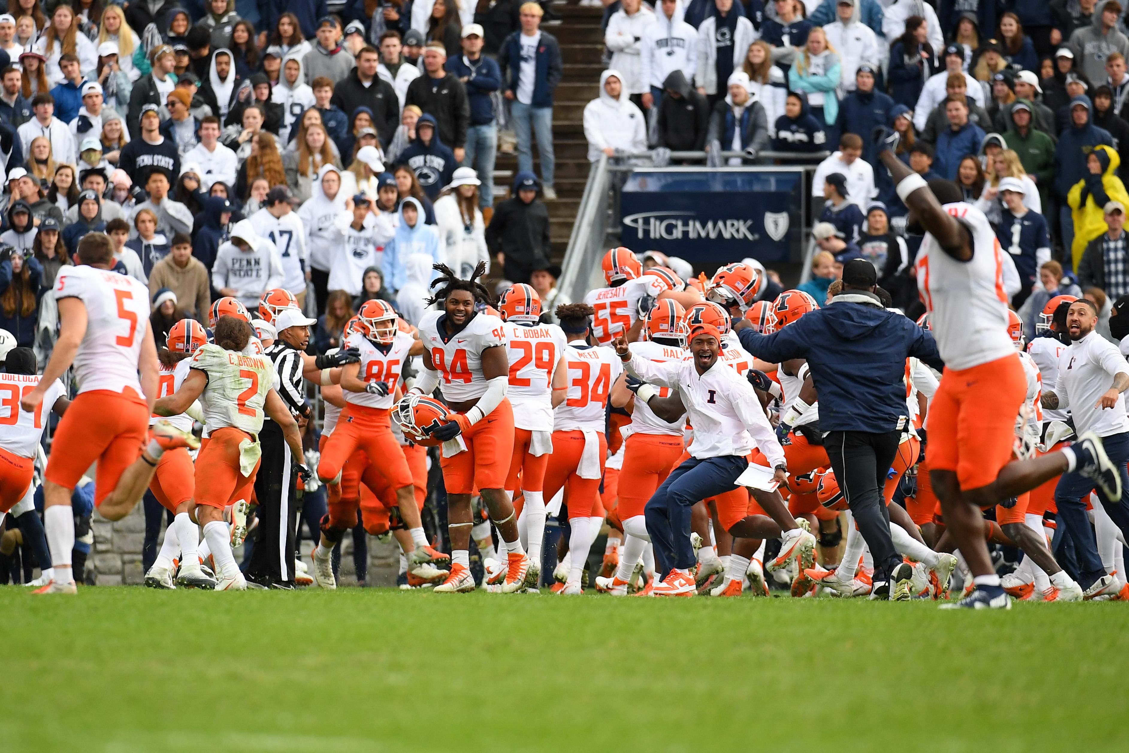 NCAA Football: Illinois at Penn State