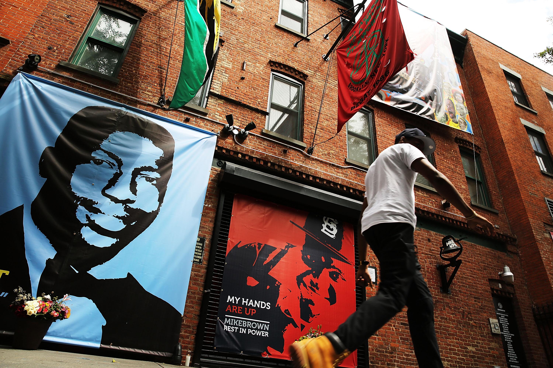 Eric Garner mural