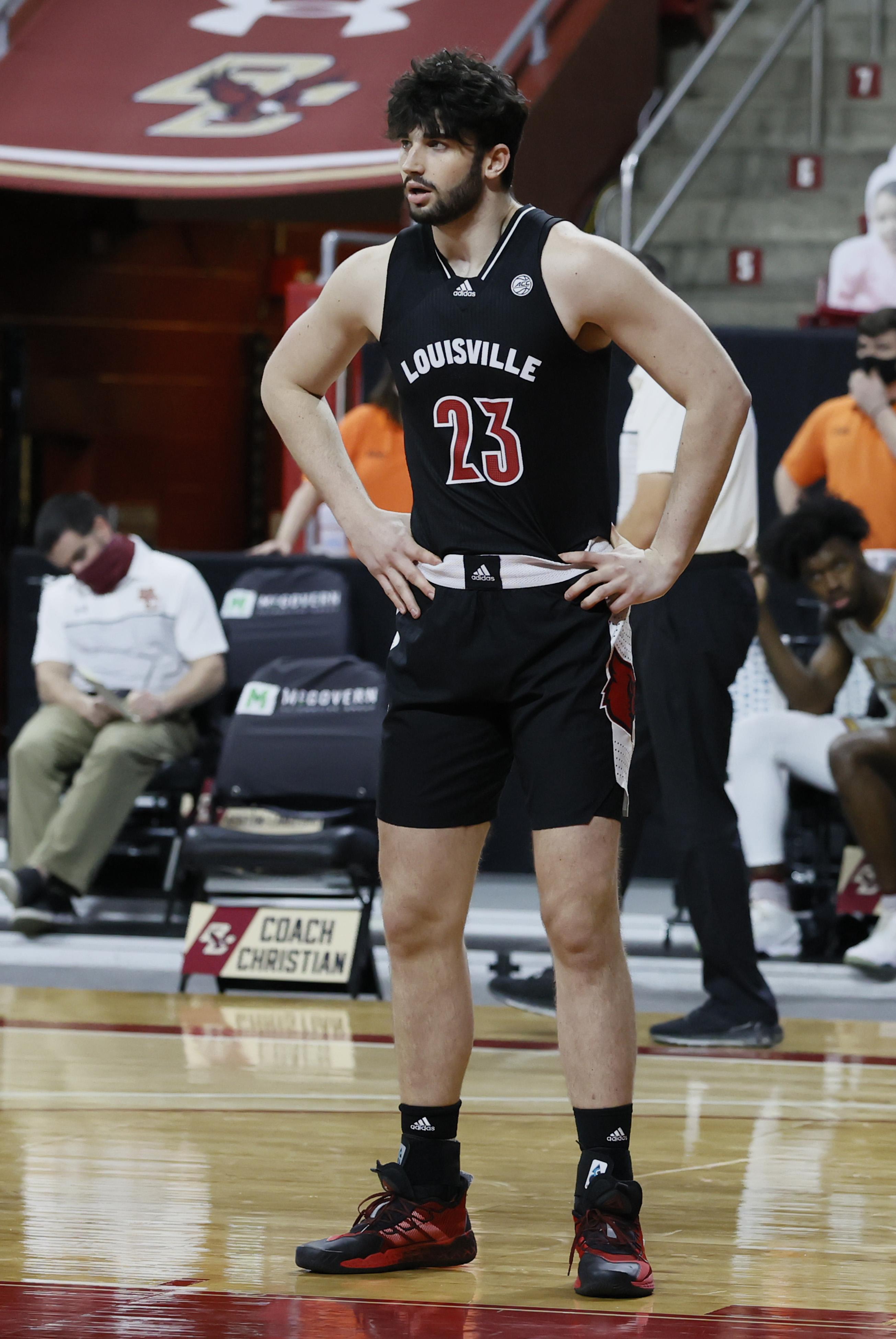 COLLEGE BASKETBALL: JAN 02 Louisville at Boston College