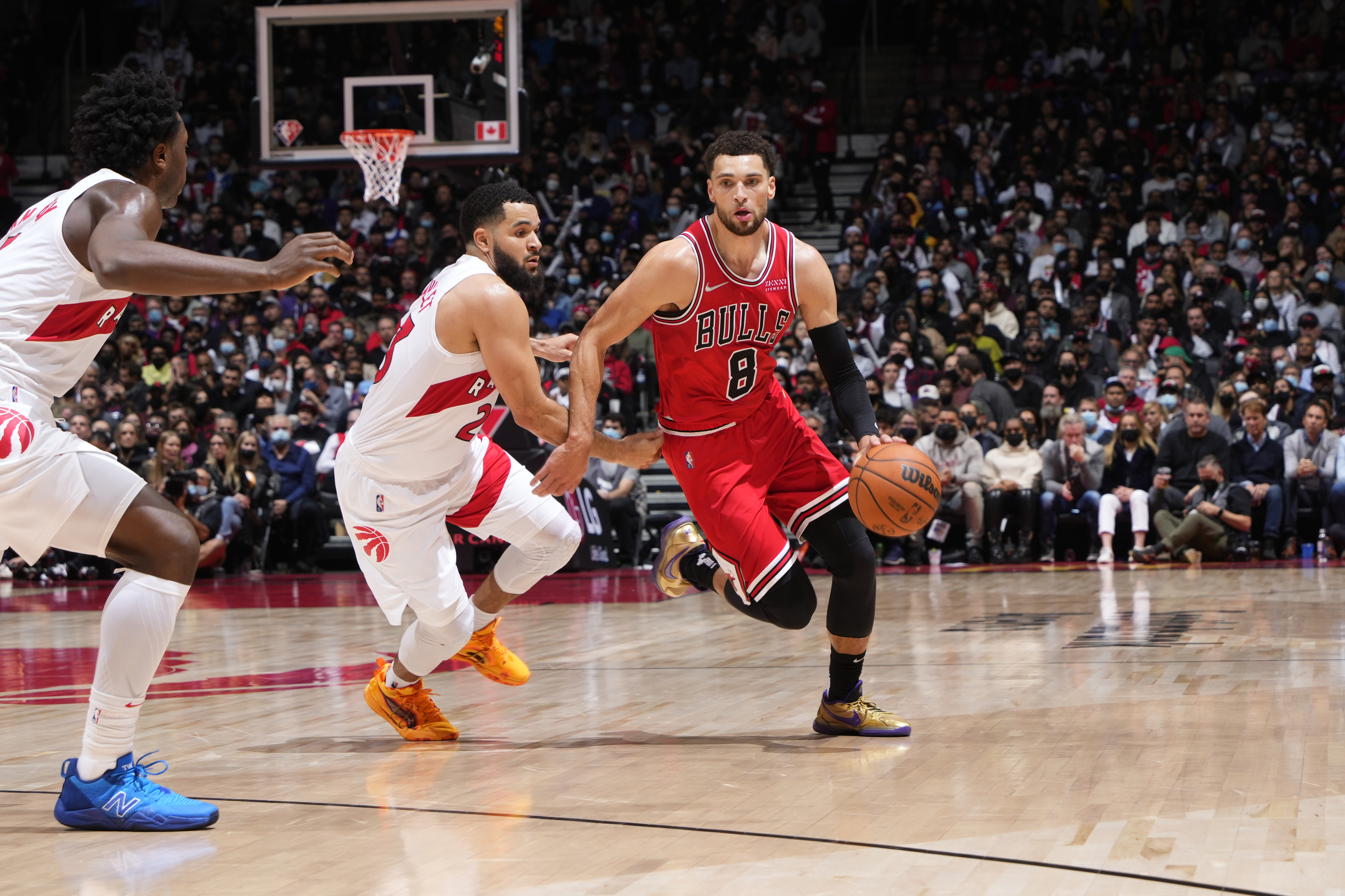 Zach LaVine #8 of the Chicago Bulls drives to the basket during the game against the Toronto Raptors on October 25, 2021 at the Scotiabank Arena in Toronto, Ontario, Canada.