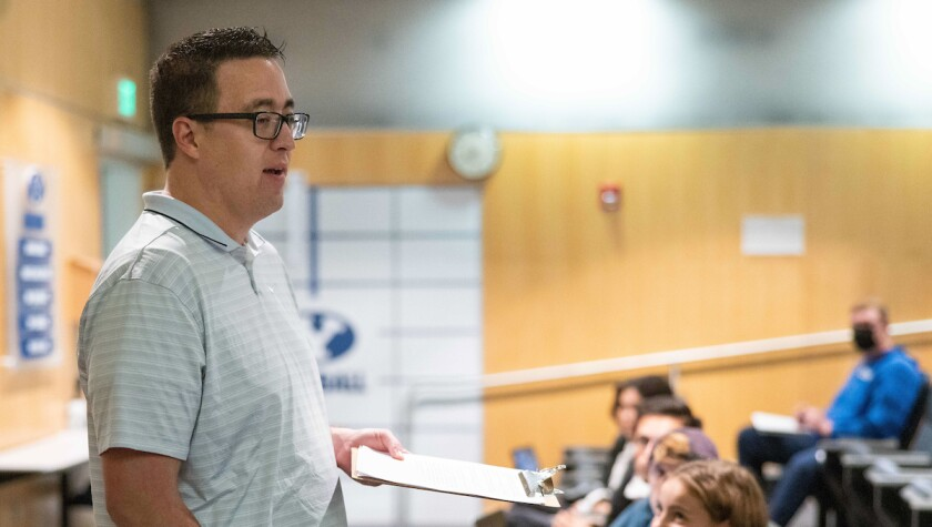 Associate Athletic Director Gary Veron addresses BYU student-athletes in a new personal branding and entrepreneurship class.