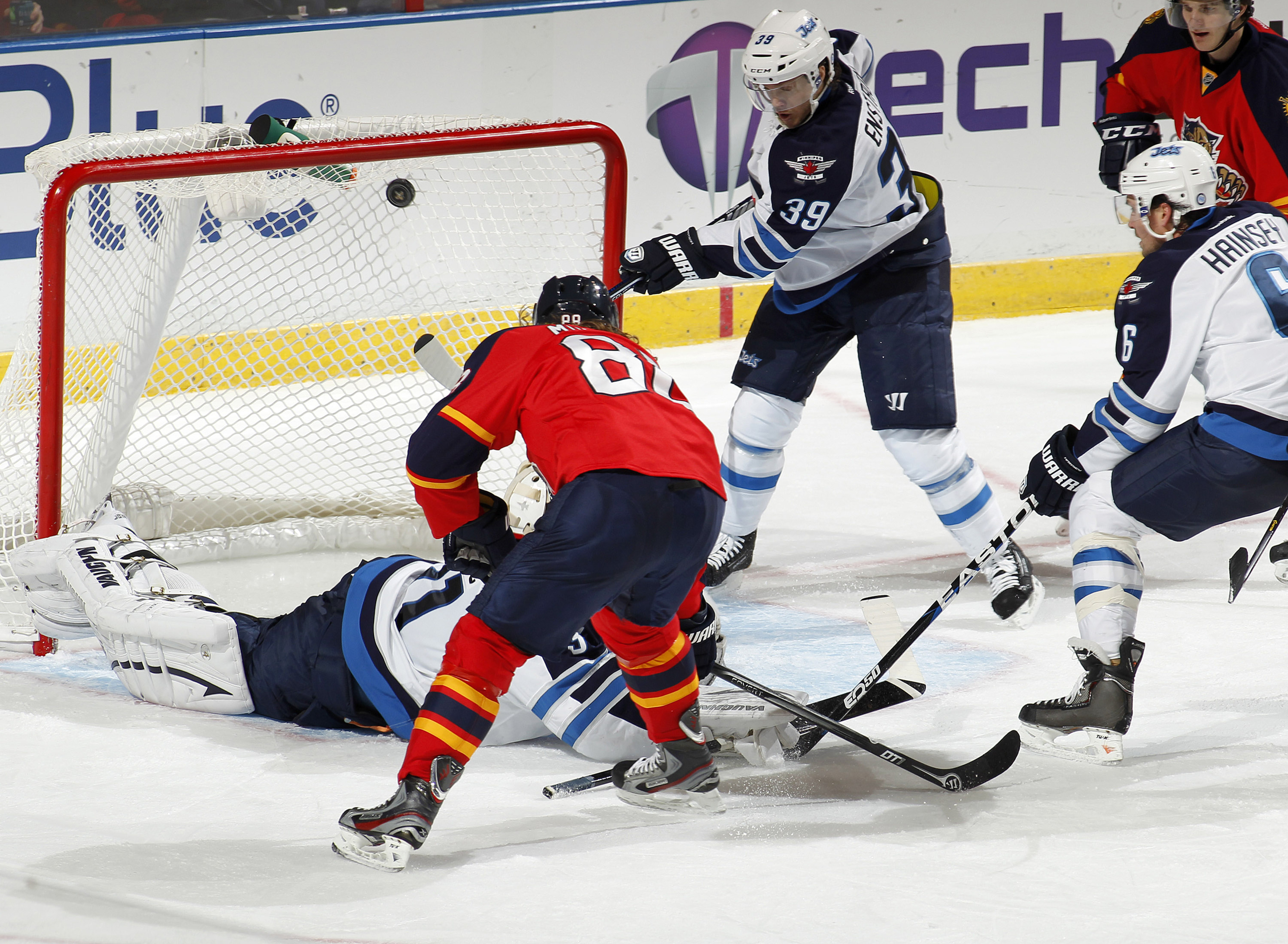 Peter Mueller was one of 6 goal scorers for the Panthers when they got back in the win column this week, over the visiting Winnipeg Jets. Jets will try to return the favor Tuesday at the MTS Centre.