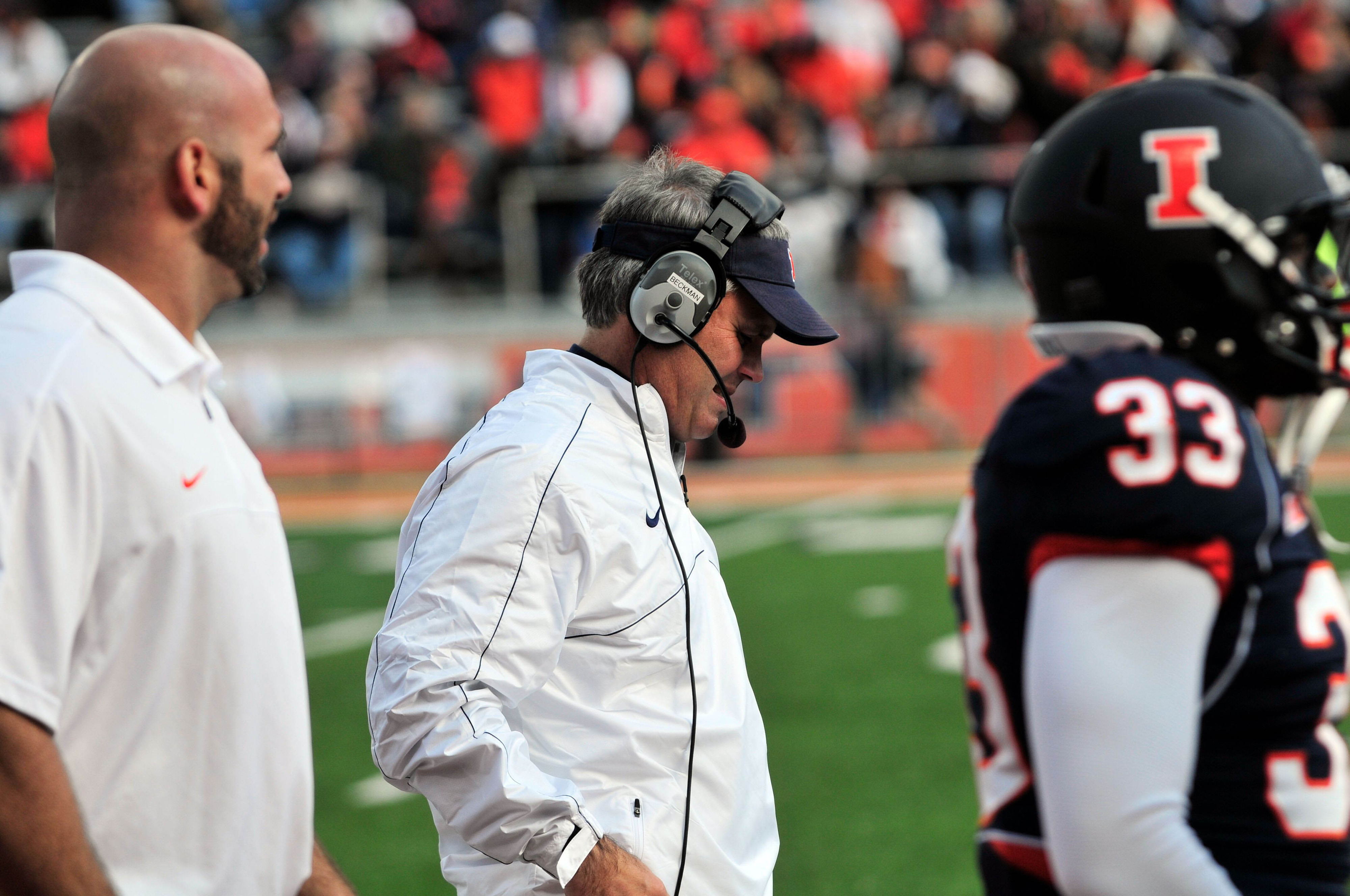 Mullen hires away Billy Gonzales from Tim Beckman's Illinois staff