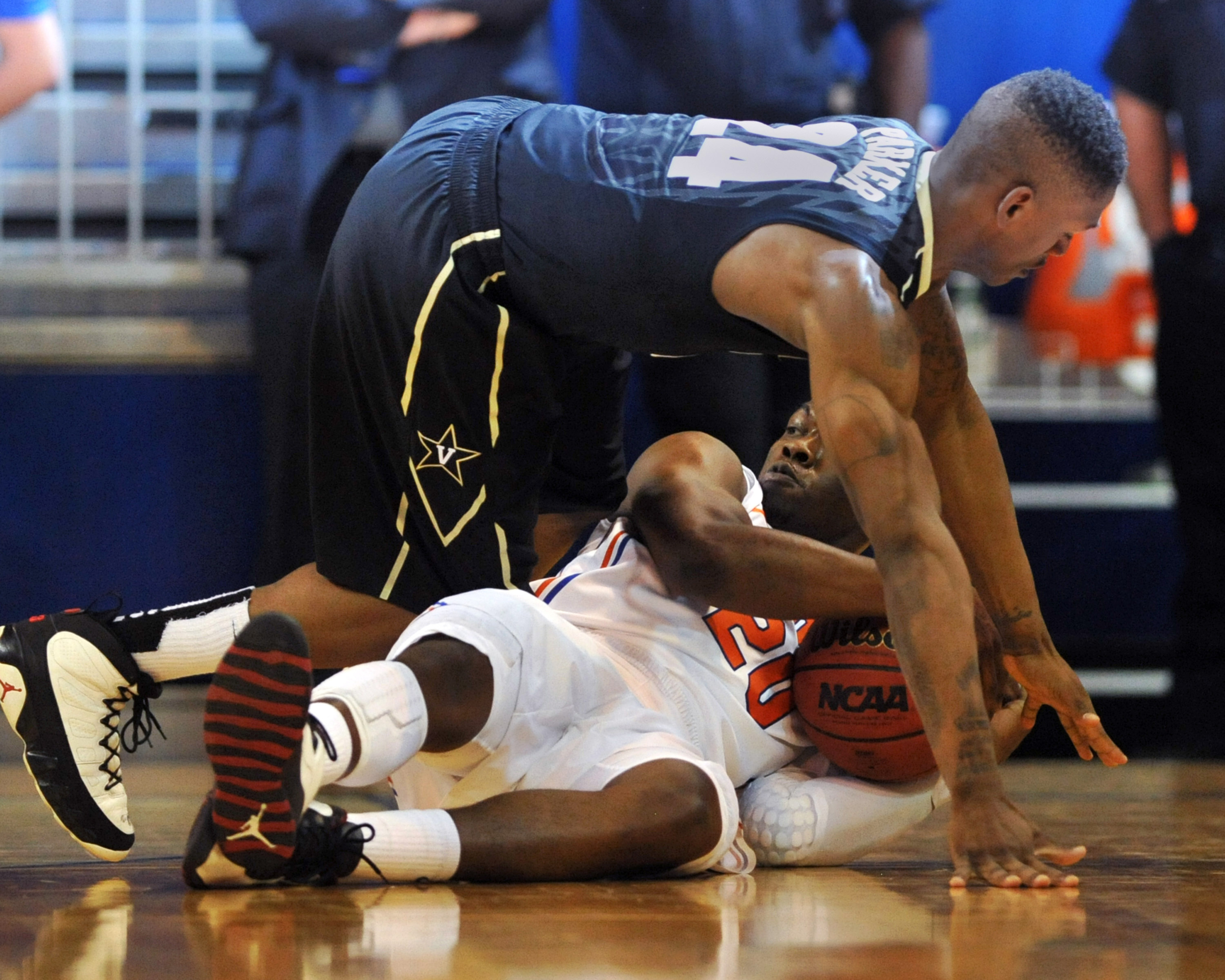 Kevin Stallings had to speak to DJP about planking mid-game.