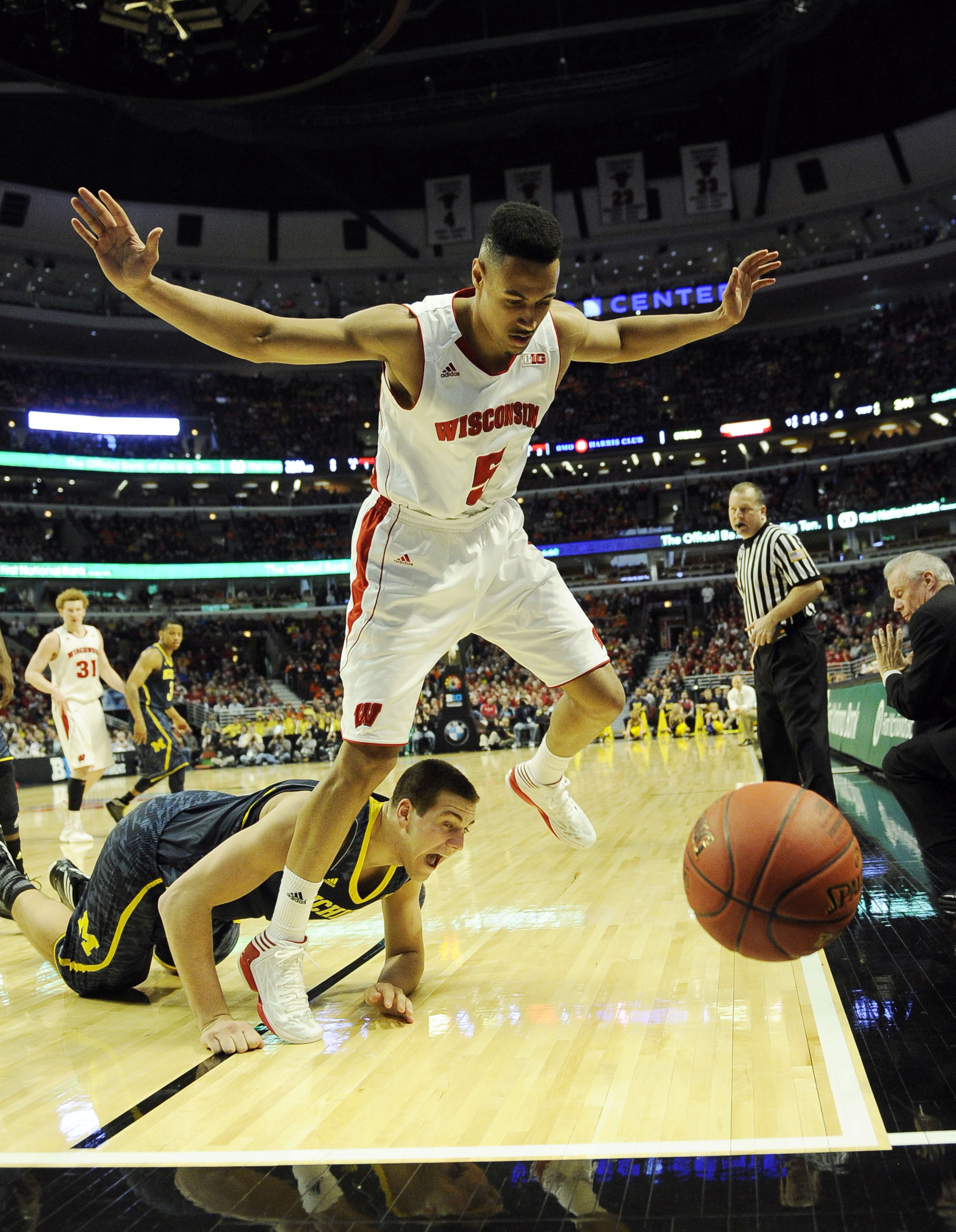 Ryan Evans powered UW past Michigan with a great floor game. Can he do it again?